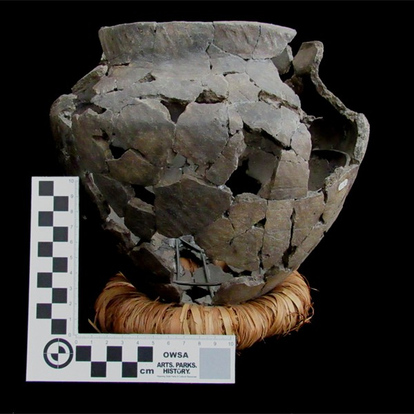 Reconstructed simple-stamped Crow vessel from Tensleep Canyon