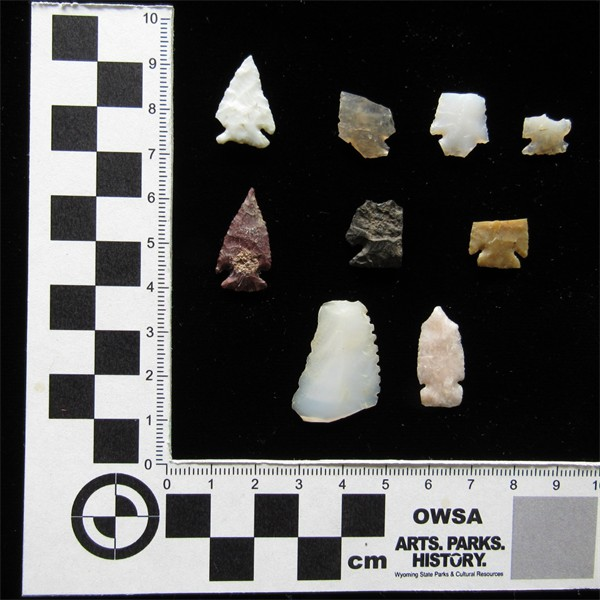Corner-notched arrow points found at the Woodard Site (48FR528) south of Riverton, Wyoming